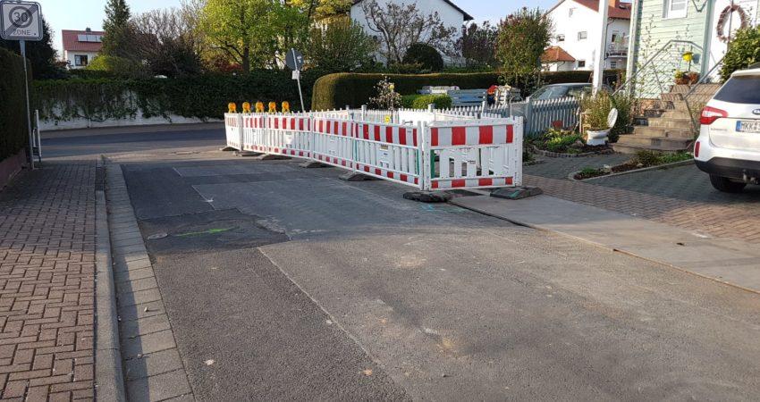 Defekte Strasse in Somborn